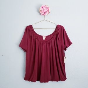 Hinge Open Neck Pleated Top In Red Tannin
